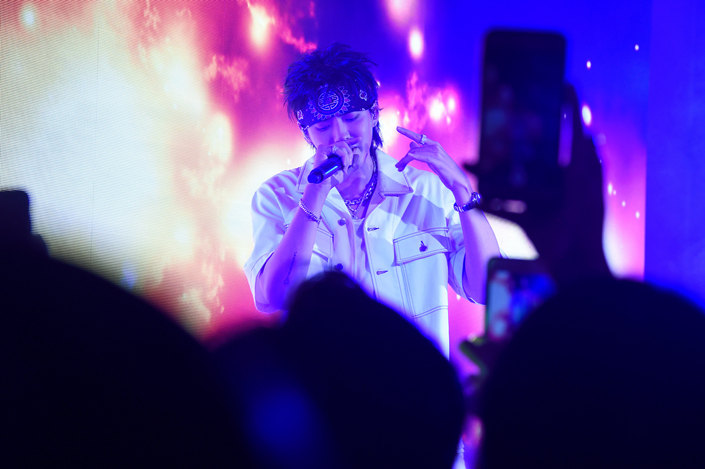 Kris Wu performs at an album release party in New York City on Nov. 6. Photo: VCG