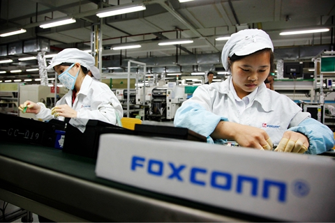 Slowing sales of iPhones drag down suppliers' business outlook. Photo: VCG