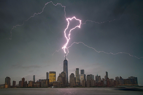 Lightning hits One World Trade Center in New York on May 15. Photo: IC