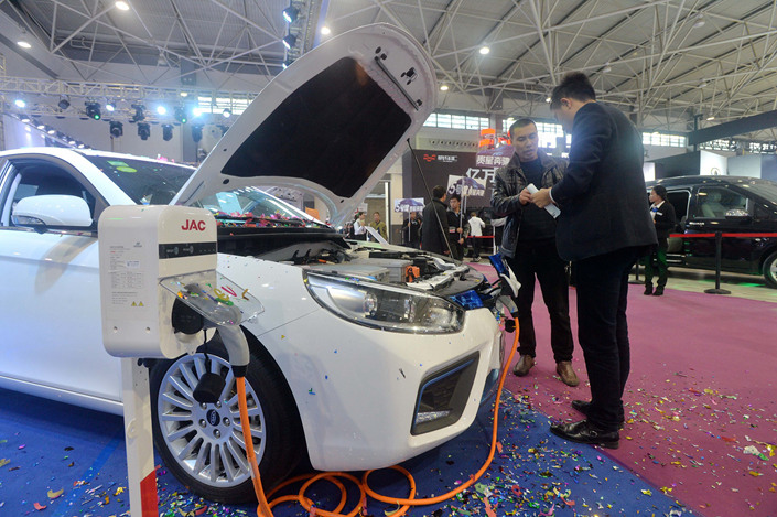 A JAC new-energy vehicle sits on display at an auto show in southern China on Oct. 26. Photo: VCG