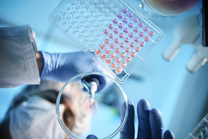 Shanghai Junshi Biosciences Co. Ltd. is the latest company to raise funds under new Hong Kong listing rules that allow biotech startups to list before they see a profit or revenue. Photo: VCG