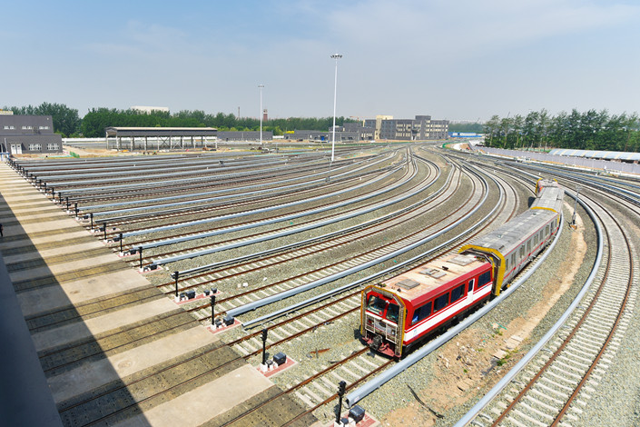 The Beijing Subway's Line 8 is put into trial operation, without passengers, on May 25. Photo: VCG