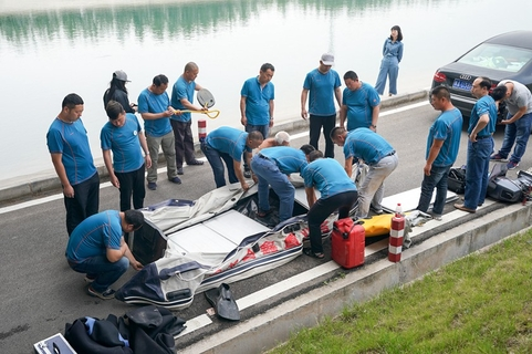 On May 12, police recovered from a Zhengzhou, Henan province canal the body of a man believed to have murdered a flight attendant after picking her up through Didi Chuxing's Didi Hitch carpooling service. The killing touched off a safety-scandal for the ride-hailing service. Photo: IC