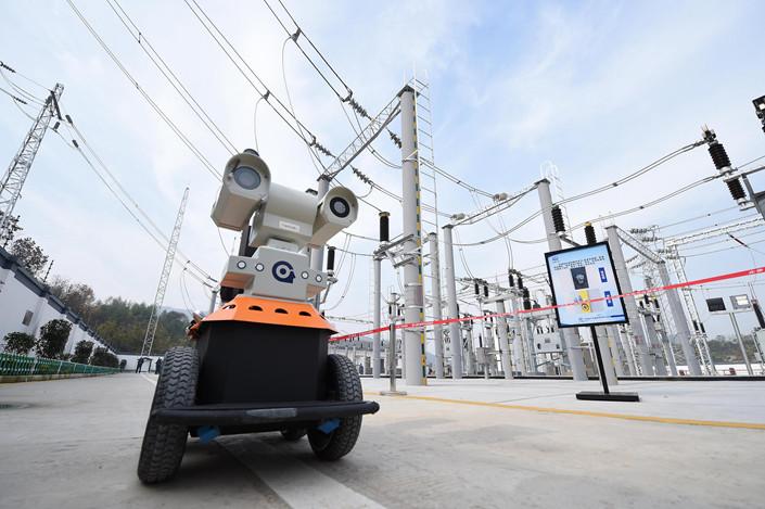 A robot inspects a power substation for a Hangzhou railway on Nov. 30. Photo: VCG