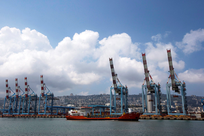 Cranes are seen at the port of the city of Haifa, Israel in April 2013. Photo: VCG