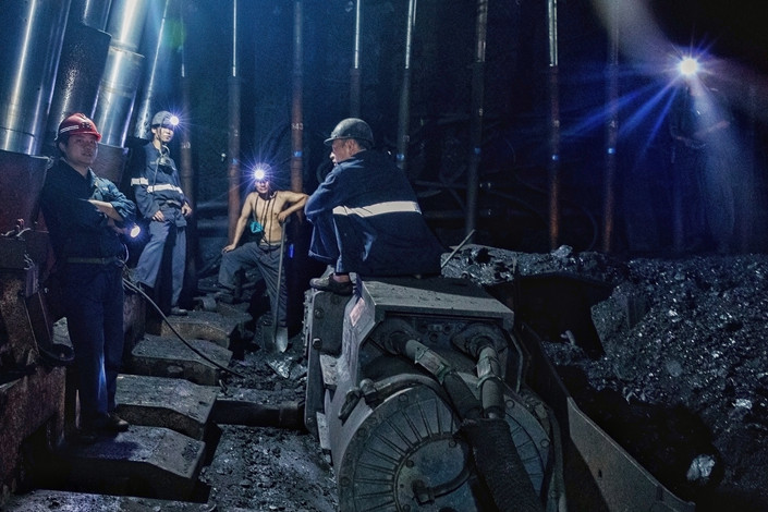 Miners work in the Wugou coal mine of Hengyuan Group in Huaibei, Anhui province, on June 19. Photo: VCG