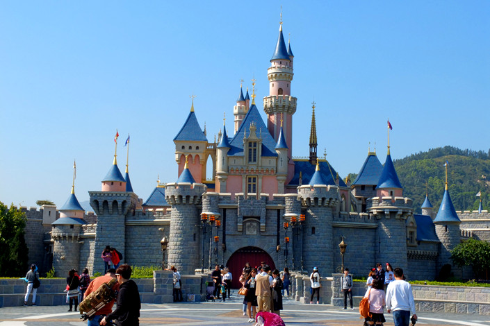 People visit Hong Kong Disneyland on Jan. 15. Photo: VCG