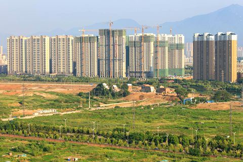 Land transfer are fees predicted to fall 18.6% in 2019.Photo: VCG
