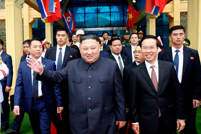 North Korean leader Kim Jong Un arrives at Tongdeng railway station in Vietnam on Tuesday. Photo: IC