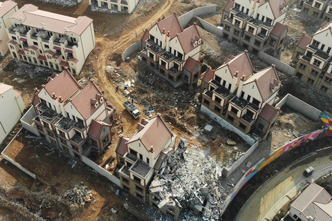 A total of 10 illegally built villas covering 12,667 square meters (136,346 square feet) had been demolished in Shijiazhuang by Feb. 23. Photo: VCG