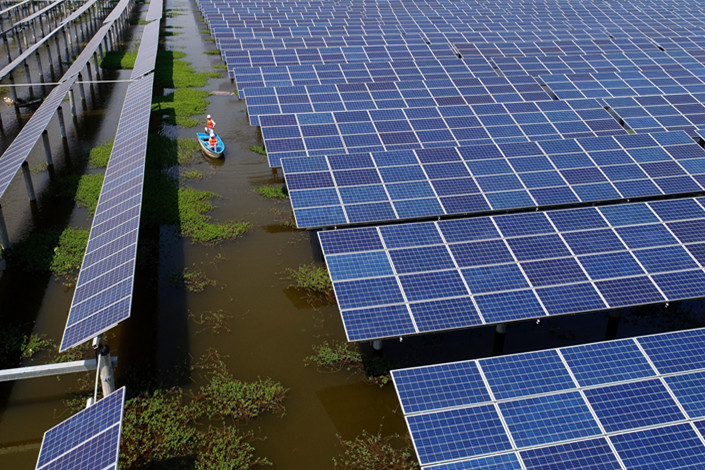 A GCL solar power station in Jingzhou, Hubei province, on Aug. 23, 2017. Photo: VCG
