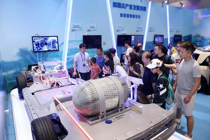 Hydrogen-powered car technology is displayed at the Beijing Science and Technology Week, on May 26, 2019. Photo: VCG