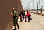 特朗普建墙涉及的美国灵魂之争