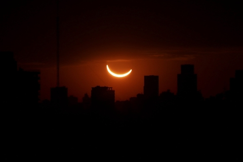 The eclipse is seen in Buenos Aires, Argentina, on Tuesday local time. Photo: VCG