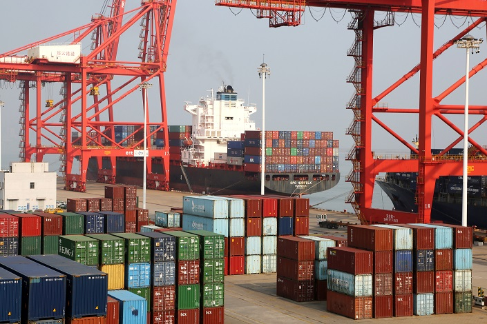 China's Exports, Imports Fall in June