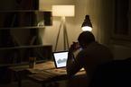 资本潮退,乐伽裸泳:互联网创业的风险
