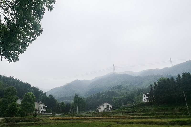 Located at the foot of Fuqiushan Mountain, Dashuidong village is known for its natural environment and longevity of residents. Photo: Caixin