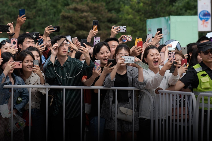 Fans take photos during a promotional event in Xi'an, Shaanxi province, on May 19. Photo: VCG