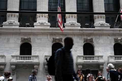 学者:美国经济走势微妙 将影响大选局面