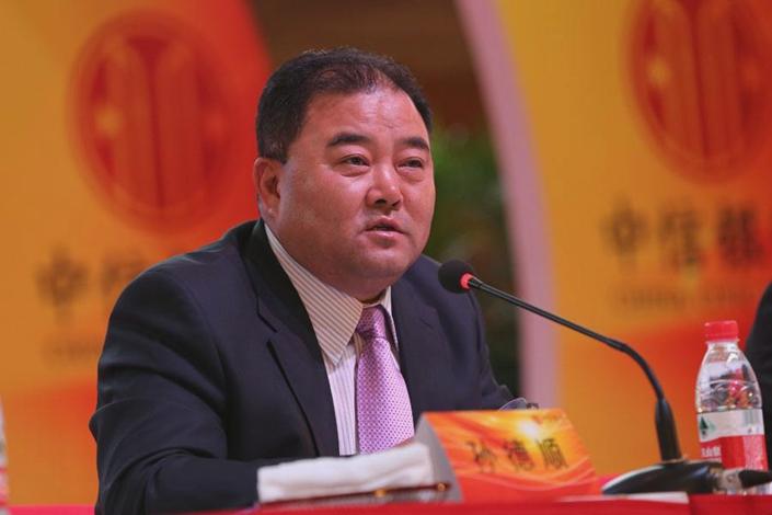 Sun Deshun at a press conference in 2014. Photo: sseinfo.com