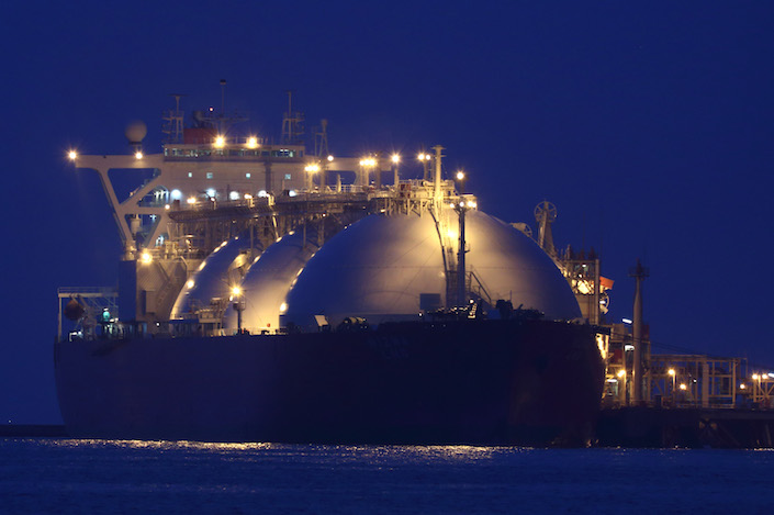 Liquefied natural gas shipping costs jumped 57% in the week ending Oct. 9, reflecting U.S. sanctions on a Chinese company, weather and rising supplies. Photo: Bloomberg