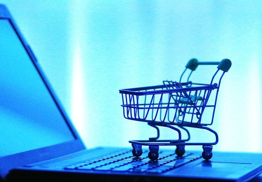 Burgeoning Online Marketplace in Crisis After Luring New Shoppers With Merchants' Money