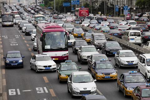 专家:机动车已成京沪本地PM2.5最大排放源
