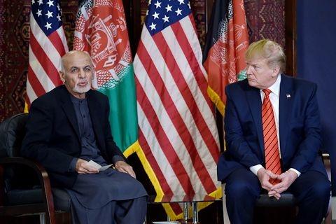 川普感恩节秘访阿富汗 释放与塔利班恢复和谈信号