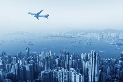 内地赴港自由行全面暂停 香港关闭近半入境关口