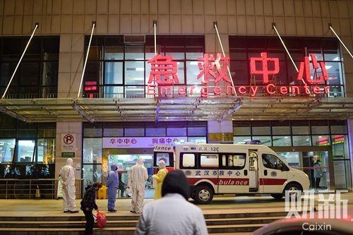 一根氧气管定生死 武汉医生50天救治战争