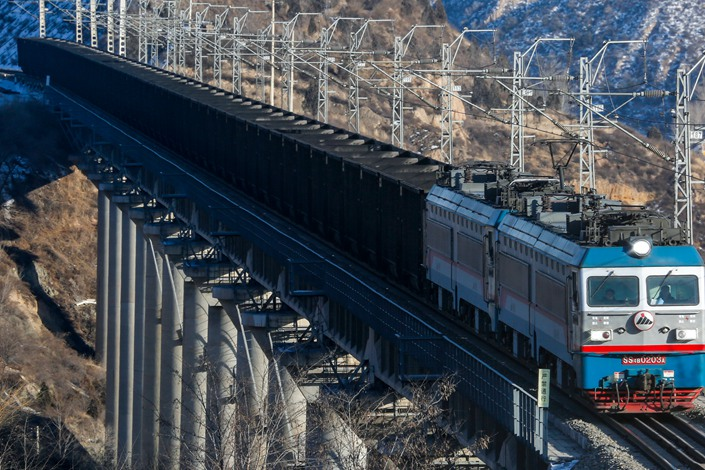A freight train carrying coal on the Shenmu-Shuozhou Railway on Feb. 3. Photo: IC Photo