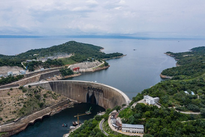 The Kariba Dam and Lake Kariba in Zimbabwe on Jan. 20. Photo: Bloomberg