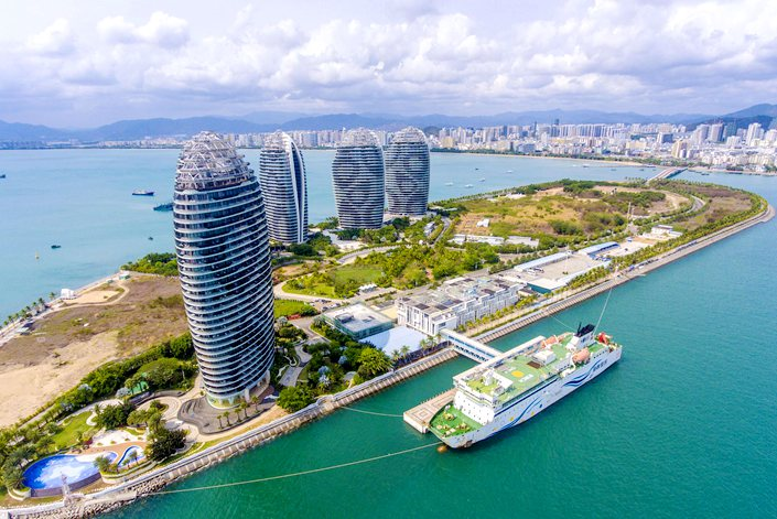 The provincial government will also be given more autonomy to formulate laws and regulations based on the reality of Hainan's free trade port construction, according to the plan.