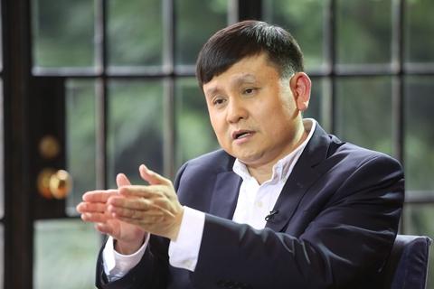张文宏:追踪密切接触者是最具成本效益的防控措施