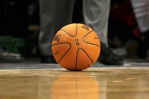 NBA宣布8月1日复赛 22支球队需定期检测