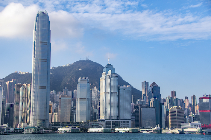 Photo: Residents of nine Chinese mainland cities will soon be allowed to buy bank wealth management products from Hong Kong and Macau.