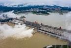 水患日记|三峡水库今年首开闸泄洪 云贵川渝仍有强降雨