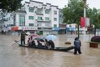 高考遭遇暴雨 安徽歙县考生7月9日补考语文数学