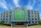 江西两警官刑事自诉控诽谤 退休法院干部发帖入罪