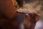 中国吸烟危害报告:电子烟有害 戒烟服务乏人问津