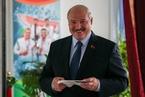 卢卡申科获约80%选票 白俄爆发反对派游行
