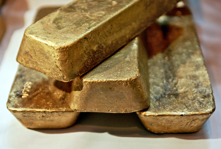The Papua New Guinea government granted a 20-year lease for the Porgera gold mine last month to a state-backed enterprise.