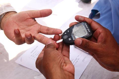 新冠病毒诱发糖尿病证据频现 测血糖或可预测多脏器损伤