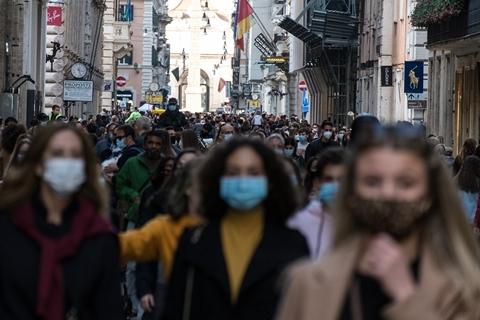 最新海外疫情:新冠感染近3983万 累计死亡近111万-第1张图片