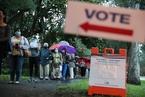 全美逾3000万人参与提前投票 民主党选民热情更高