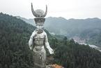 聂辉华:地方政府为何热衷斥巨资建雕像