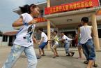 杨东平:善待流动儿童,用教育红利弥补人口红利