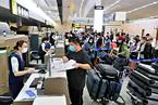 返校行路难,中国留学生纷赴第三国借道