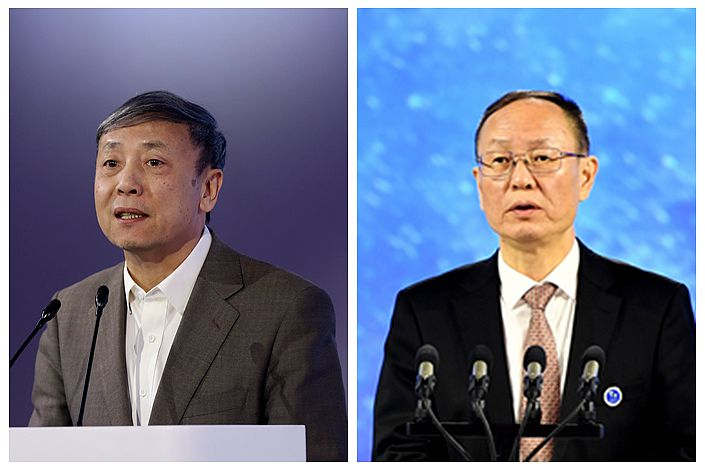Cai Fang (left), a senior expert at the state-backed Chinese Academy of Social Sciences, and Wang Yiming, a vice chairman of the China Center for International Economic Exchanges.