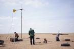 显影|逆沙而行系列报道之三 新一代牧人:与沙为邻
